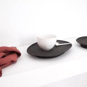 Oval black tray · Handmade Ceramic